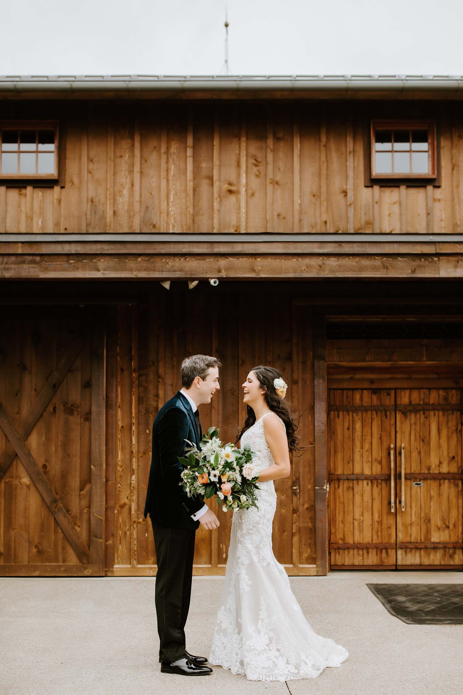 autumn frutig farms wedding