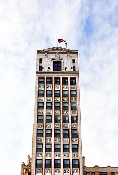 ash-hotels-the-siren-wurlitzer-building-detroit-michigan-14__s500x565f5.jpg