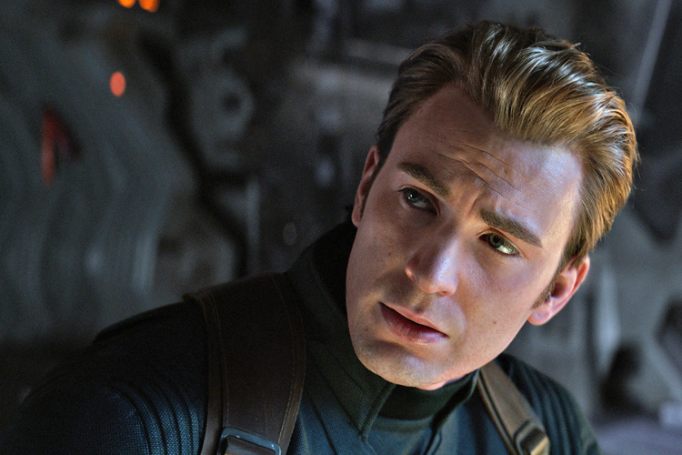 """""""Through a film critic's lens, Endgame is a mess…but as a comic book and Marvel Cinematic Universe fan, the film is thematically perfect…"""" -"""