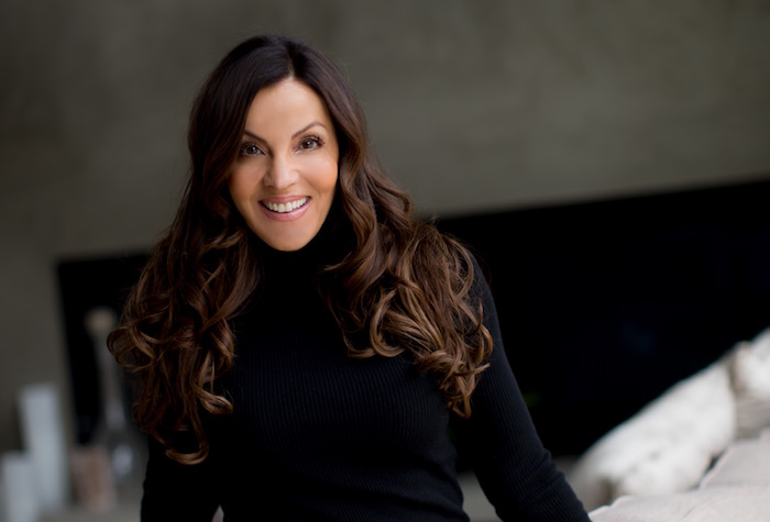Healthy Inside and Out with the founder of Equinox - Coaching and retreats with Lavinia Errico, a passionate advocate and advisor for healthier and more fulfilled, balanced and joyful lives.