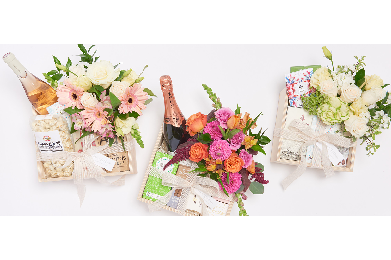 Beautiful gifts for new moms and beyond - Valleybrink Road is a floral design and luxury gifting company based in Los Angeles, CA. The vision of Barrett Prendergast, a florist, gifter and lifestyle curator, Valleybrink Road is a natural extension of her love of entertaining and her passion for creating the perfect gift.