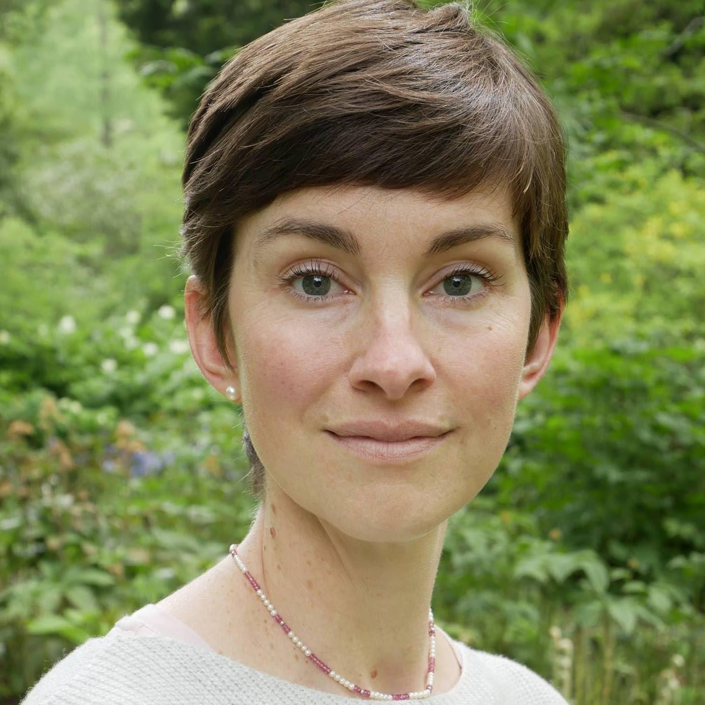 Totum Woman Dr Robin Fawcett