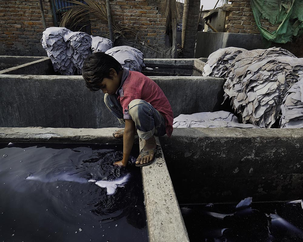 05-Price_Bangladesh_Tanneries_035.jpg