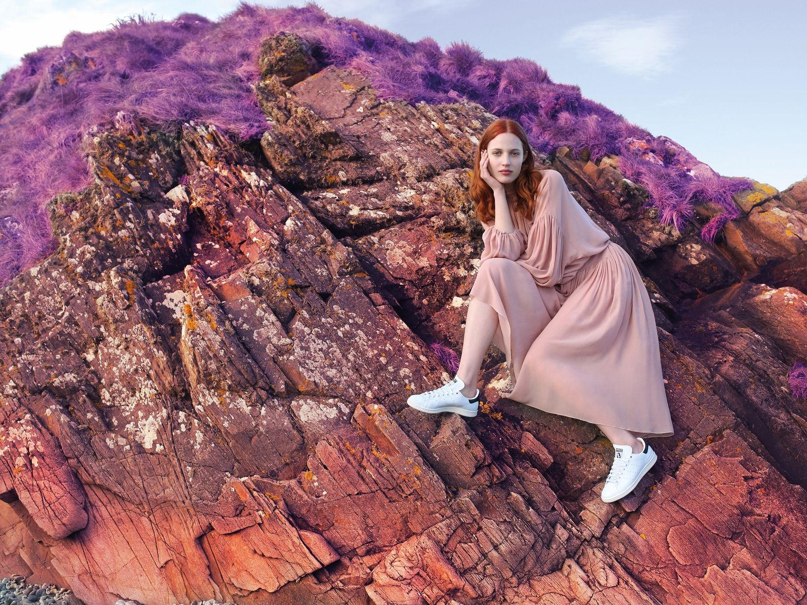 Stella #stansmith adidas offer a distinctly Stella take on the iconic adidas Stan Smith sneakers, crafted from vegetarian leather for the very first time. Stella McCartney's head of