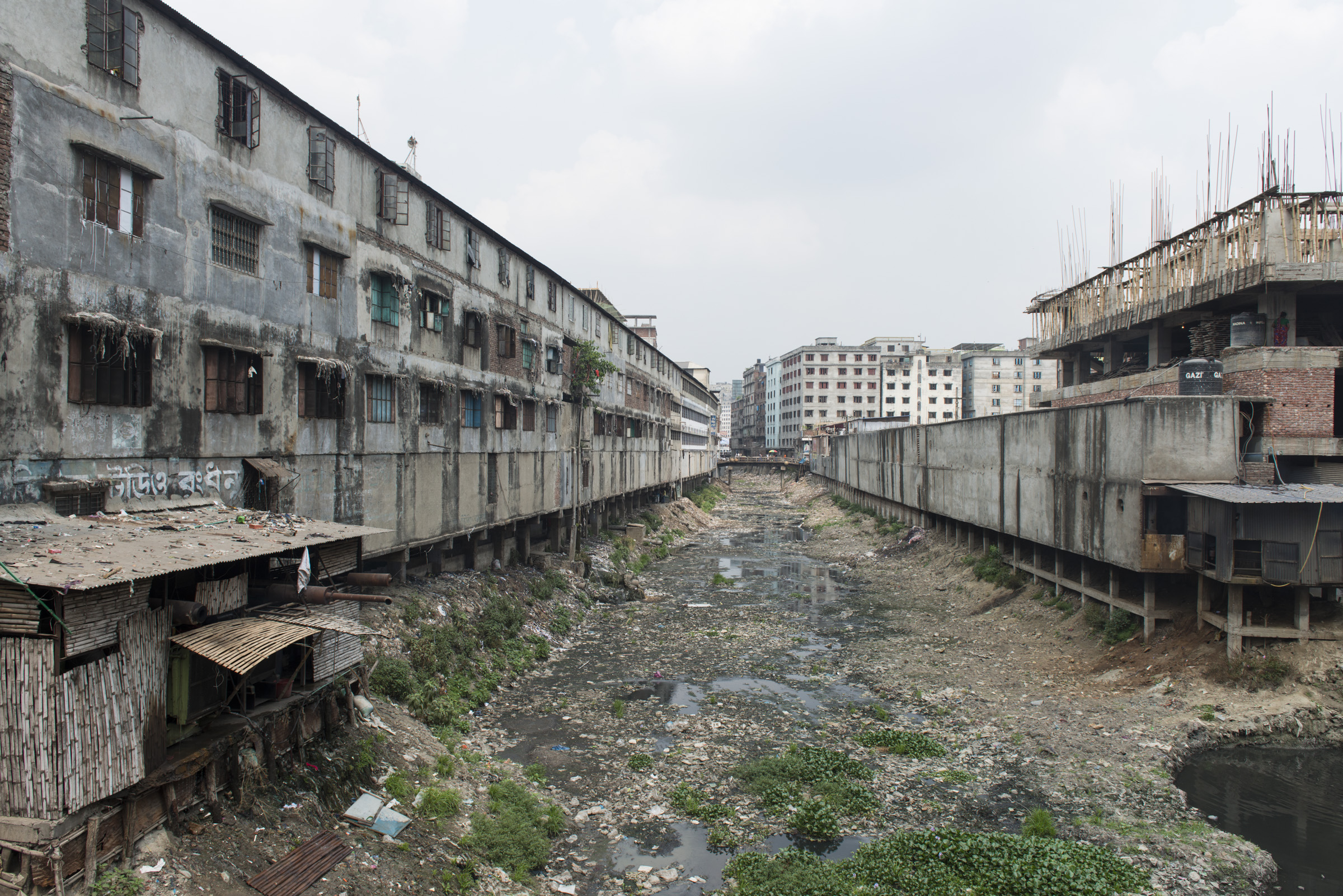 Landscape behind the informal garment factories at Keraniganj in Dhaka. This district host hundreds informal factories. Picture: Claudio Montesano Casillas.