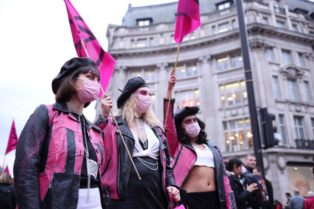 Extinction Rebellion Fashion Action closed Oxford Circus. Photo: Talia Woodin @TalTalkingPictures.
