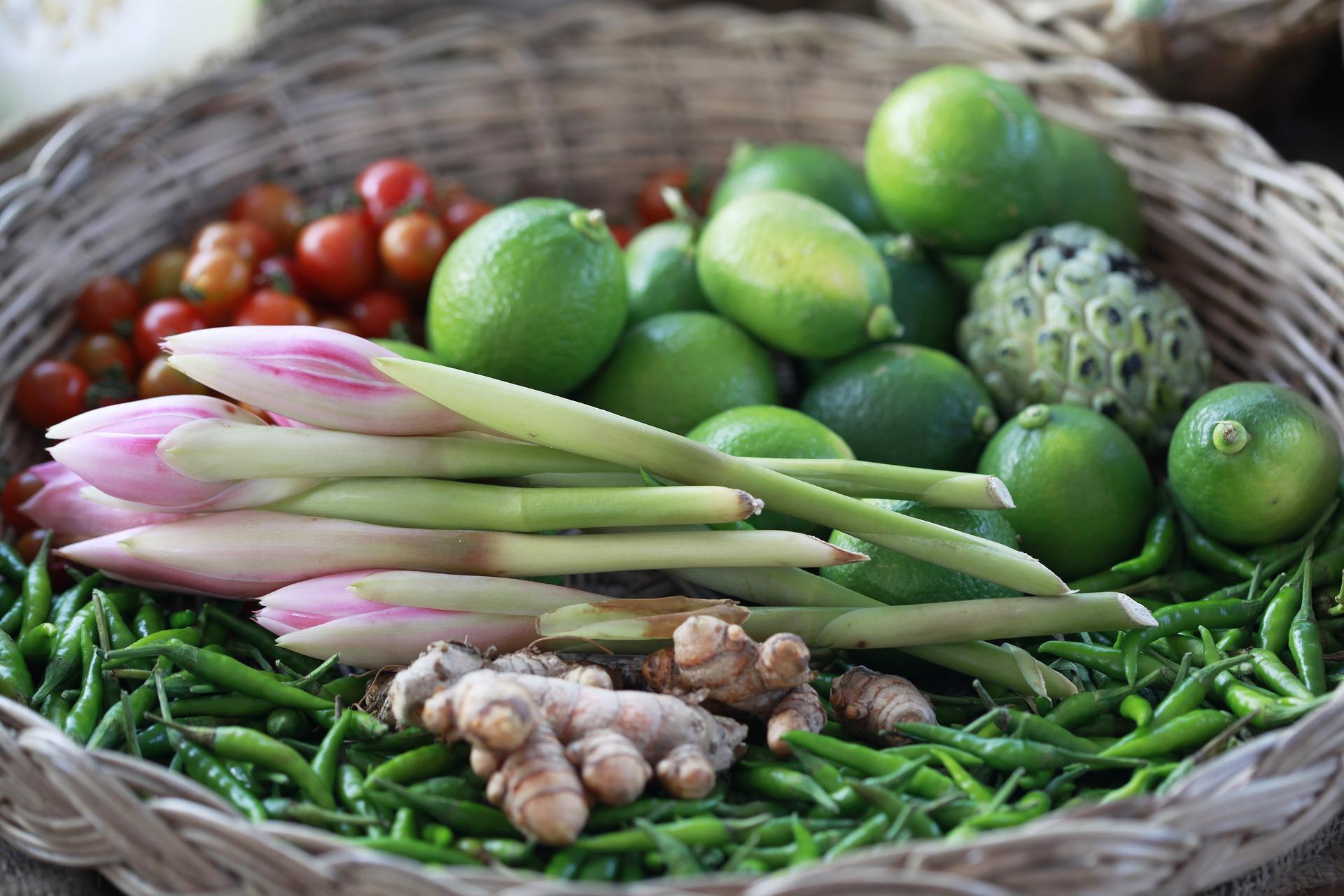 vegetable-2613853_1920.jpg