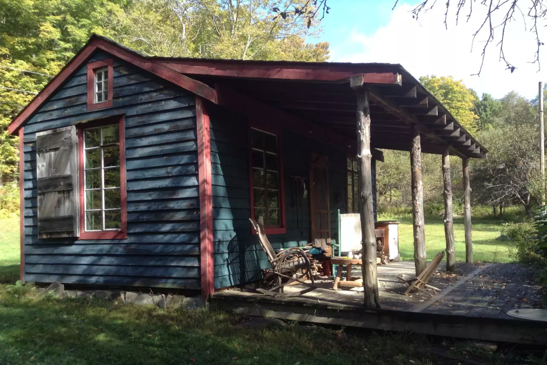 PET-FRIENDLY COZY CABIN  Jefferson, NY  Full address and info available upon booking  Click  h e re  for details on airbnb.com  Distance: about 6.5 miles / 10 minutes Capacity: 2 people