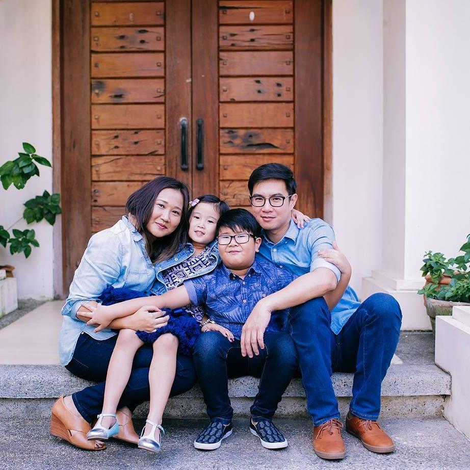 family-photo-2016-1.jpg