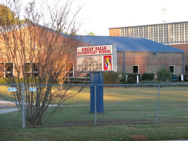 great_falls_elementary_school_1.jpg