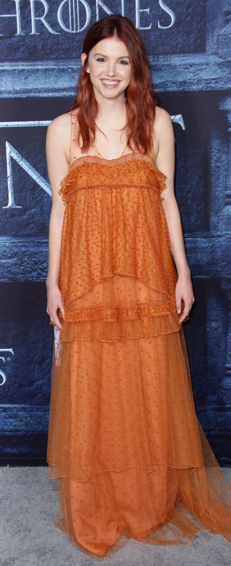 hannah-murray-at-game-of-thrones-season-6-premiere-in-la_9.jpg