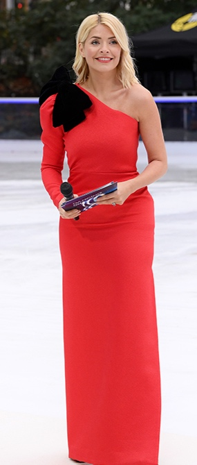 holly-willoughby-red-dress-z.jpg