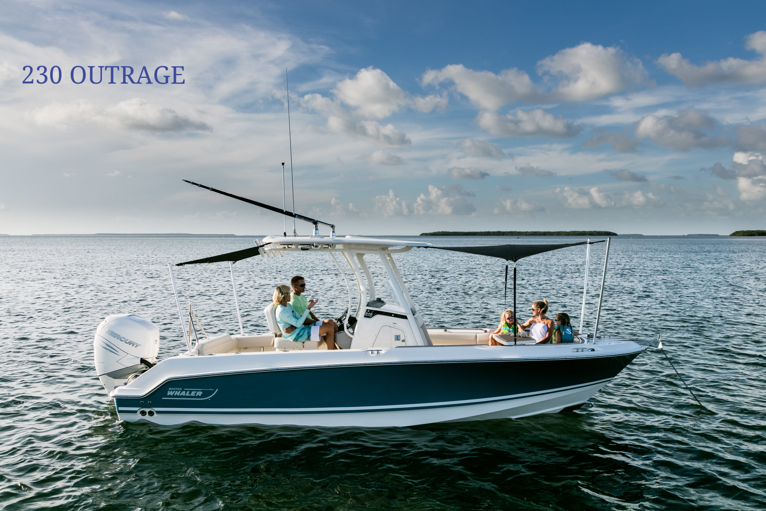 Boston-Whaler-230-Outrage-Gallery-1.jpg