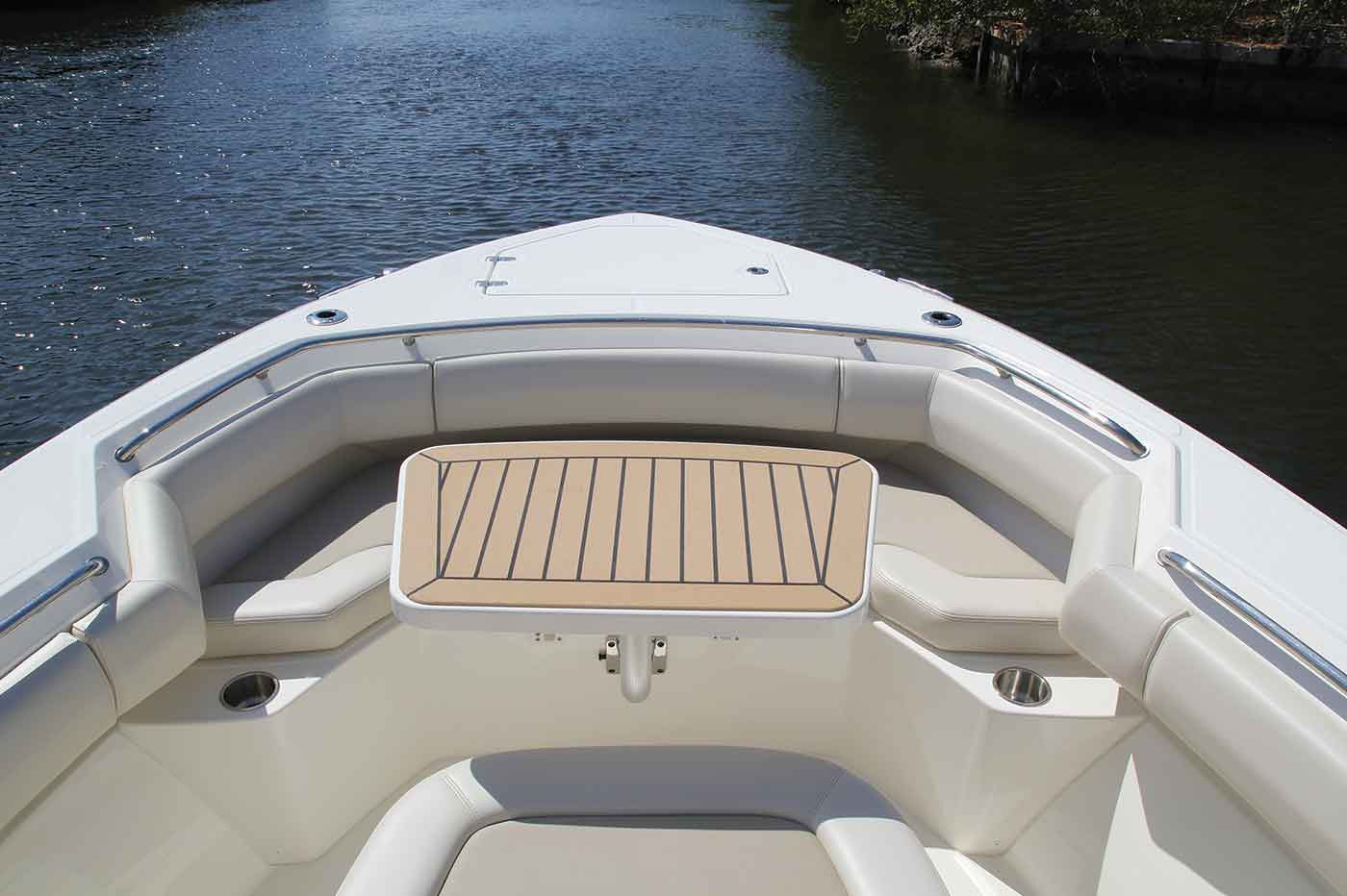 Boston-Whaler-280-Outrage-Gallery-2.jpg