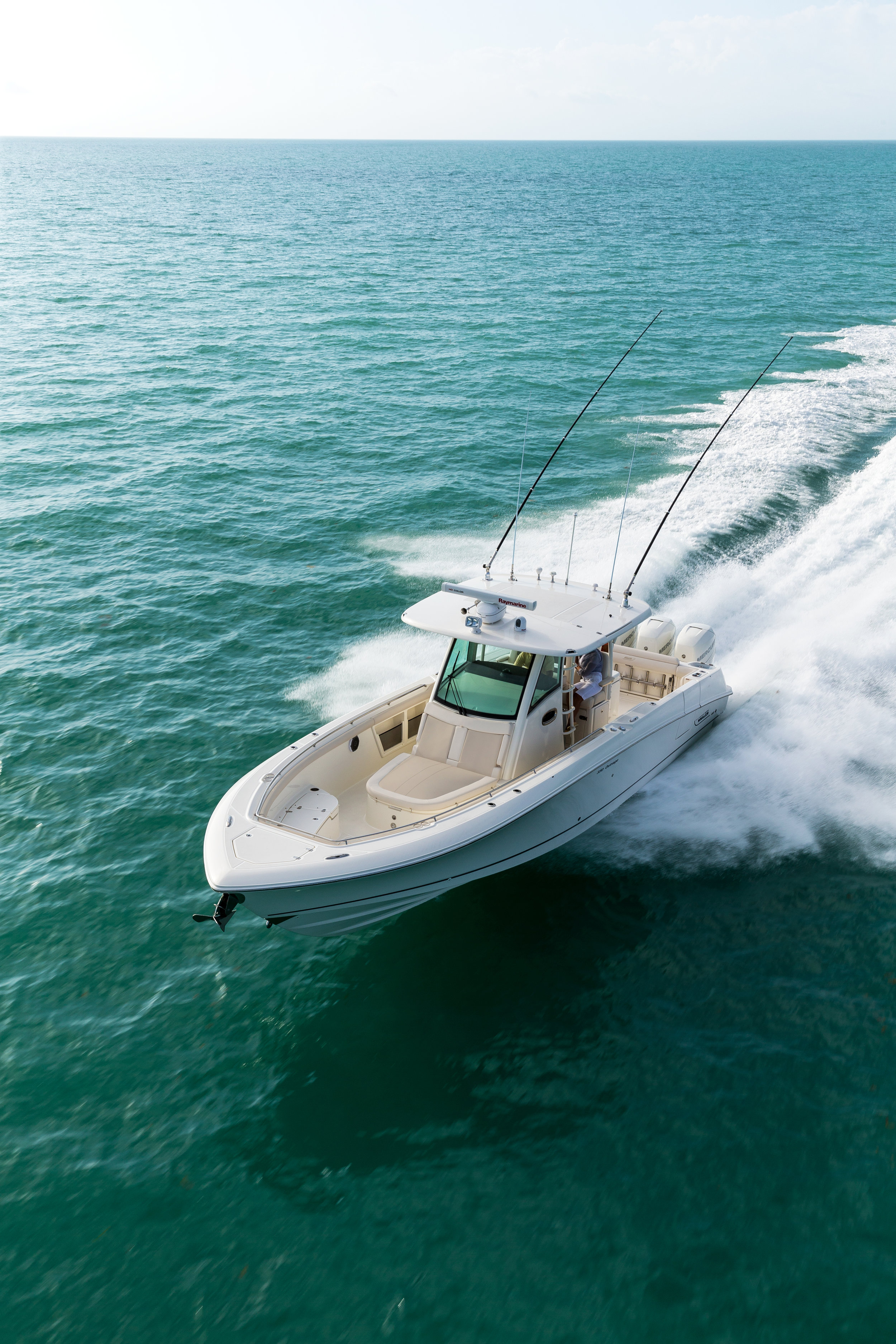 Boston-Whaler-350-Outrage-Gallery-9.jpg