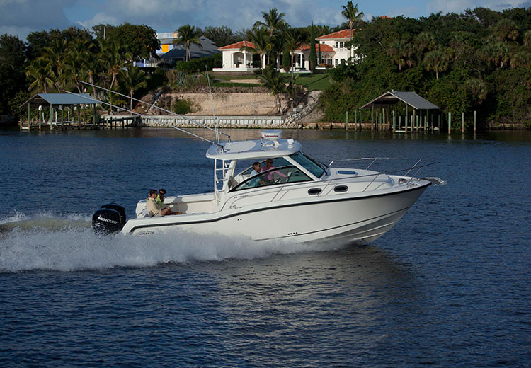 Boston-Whaler-315-Conquest-Gallery-1.jpg