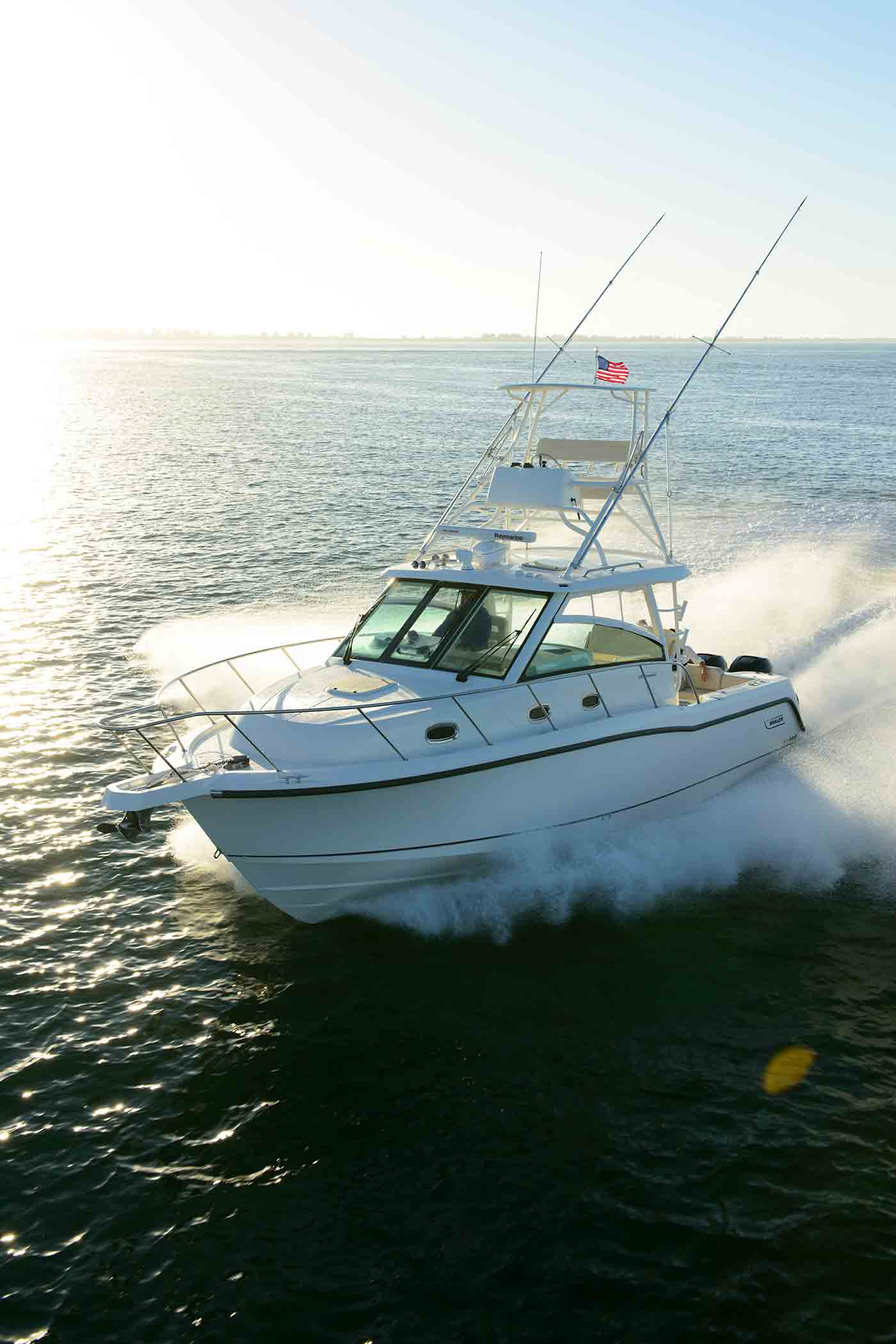 Boston-Whaler-345-Conquest-Gallery-9.jpg