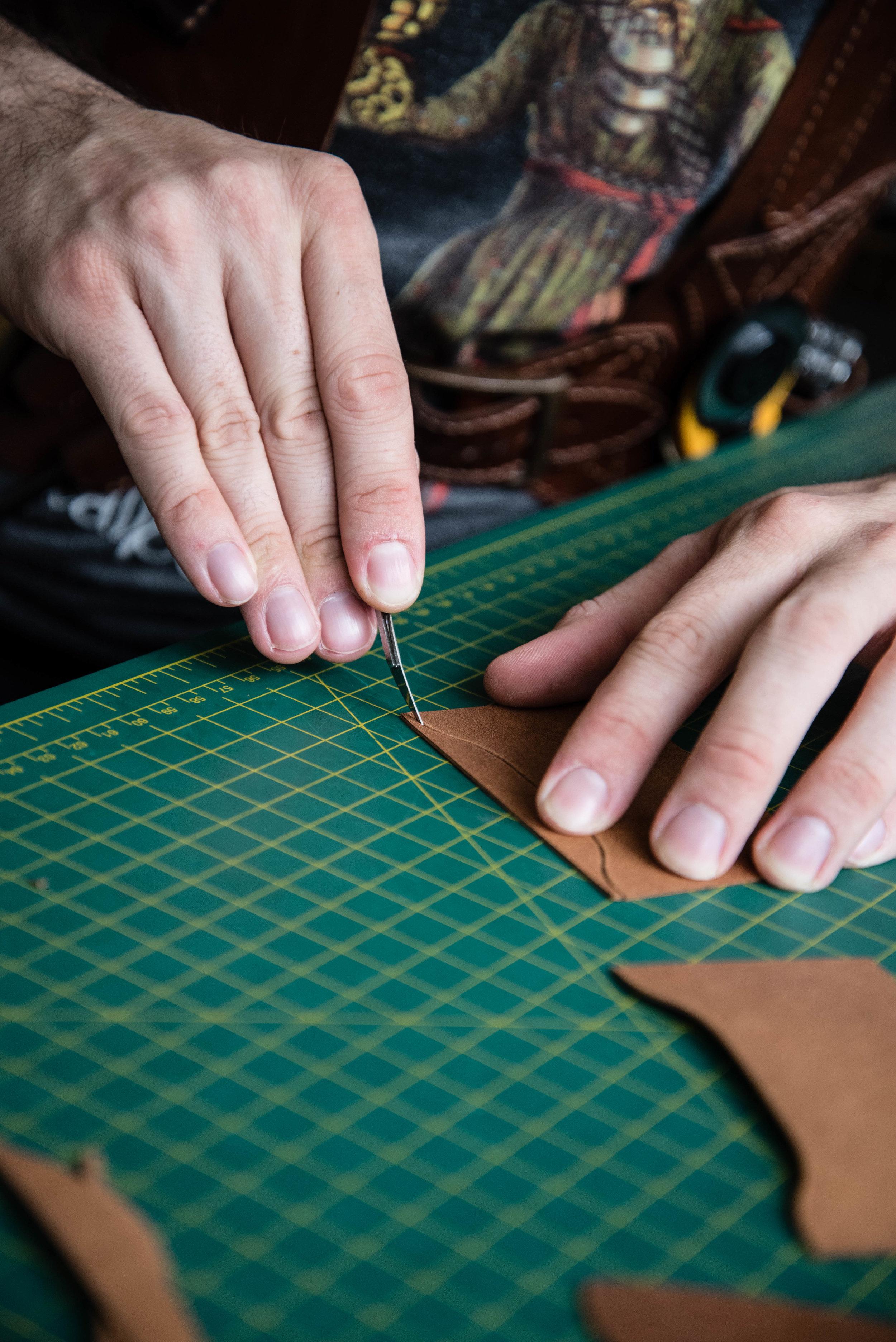 Chris Rose, Rose Leather Crafting, scalpel, kangaroo leather
