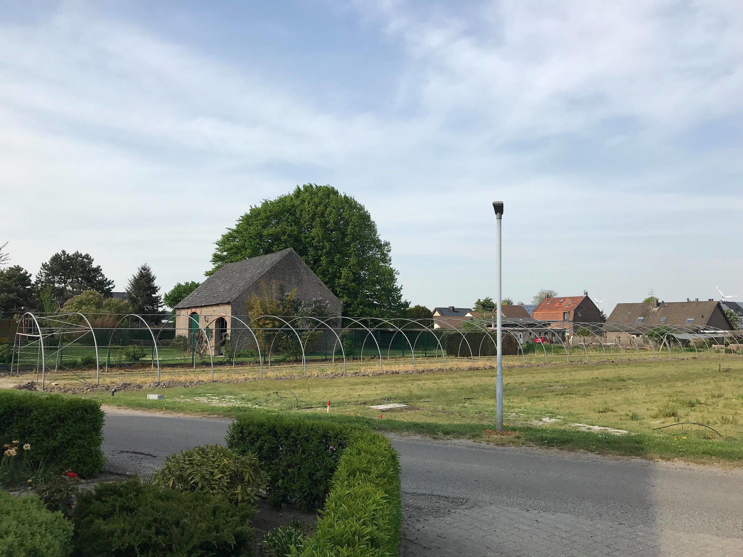 Abbau des Tunnelgerüstes an der holländischen Grenze