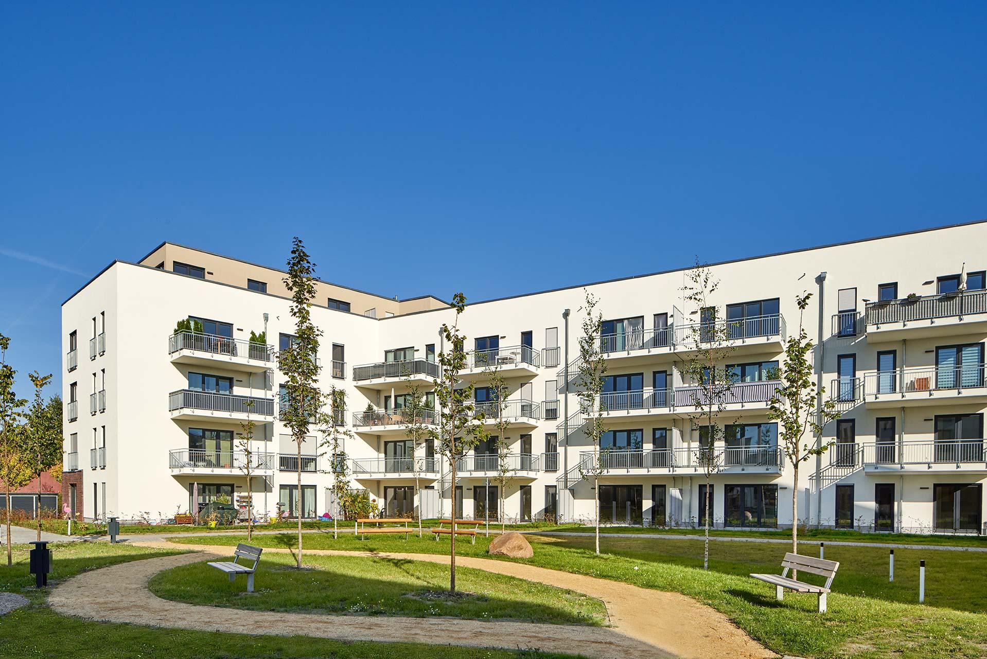 Innenhofansicht eines Wohnungsbauprojektes in Potsdam - Architekturfotografie Potsdam
