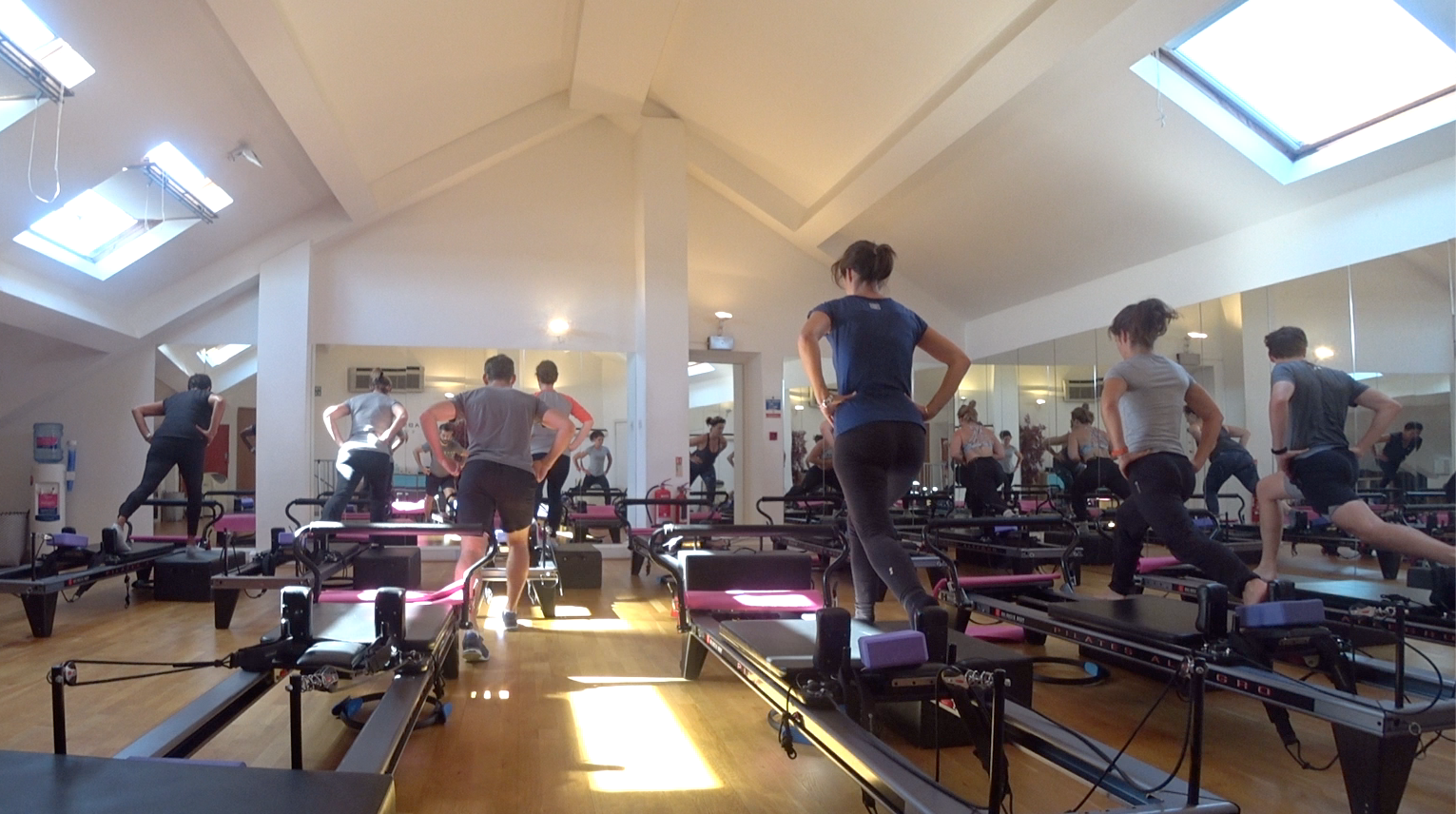 ABSOLUTE STUDIOS - The best dynamic Reformer Pilates in Parsons Green