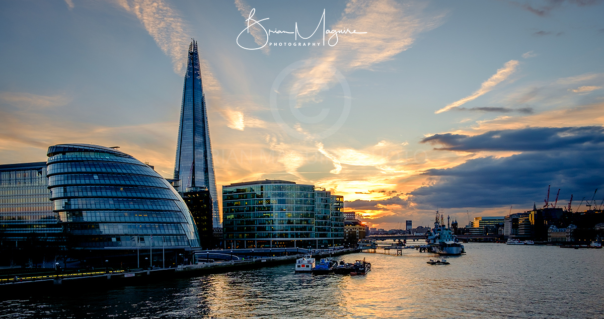 """LON0009 """"View from the Bridge - Golden Hour"""""""
