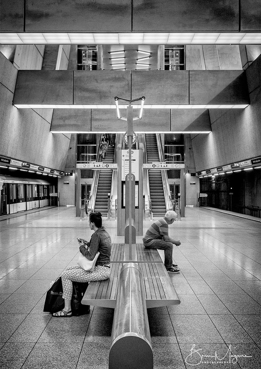 MON0019 Waiting (Budapest)