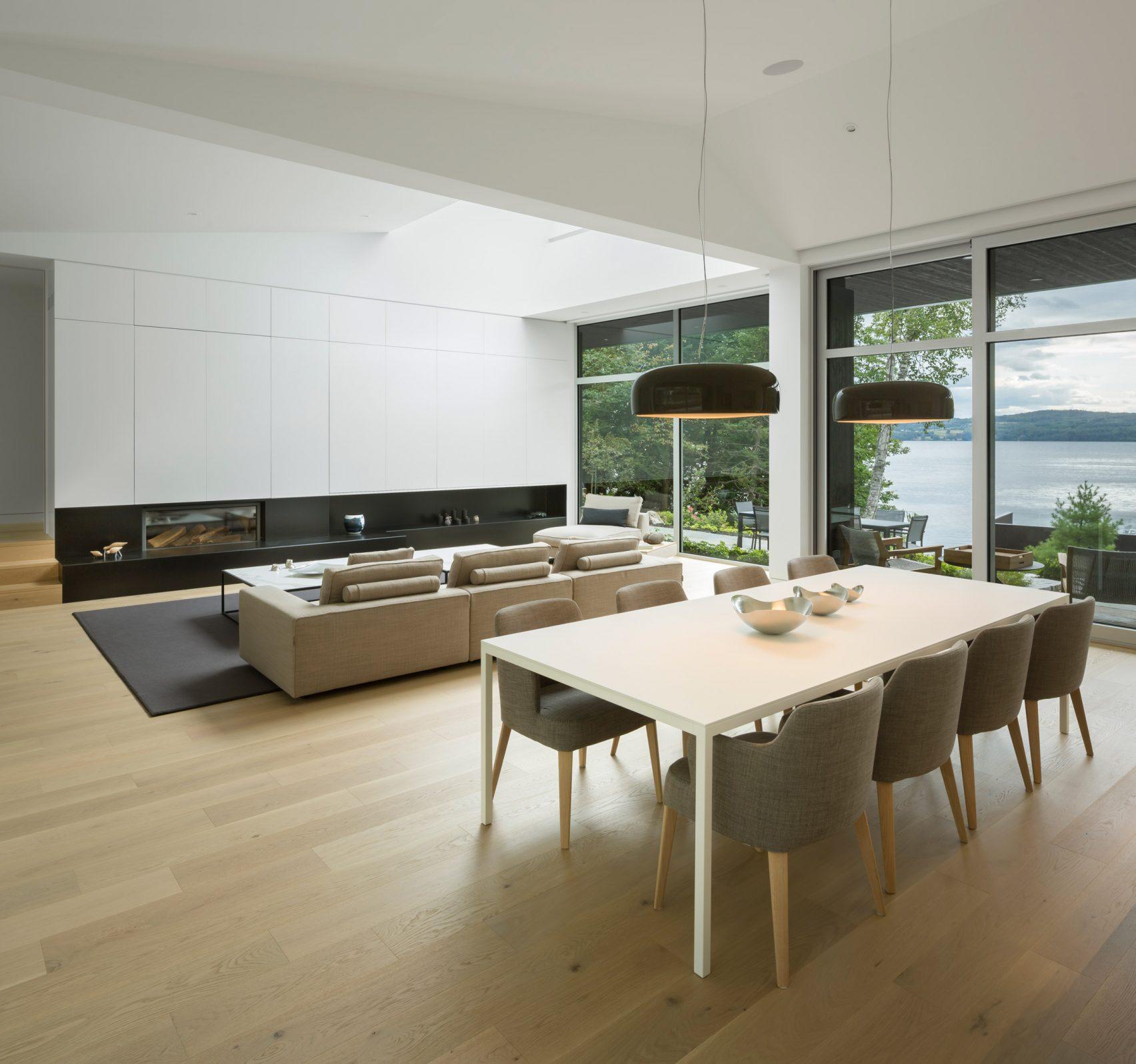 slender-house-mu-architecture-quebec-canada_dezeen_2364_col_9-1704x1595.jpg