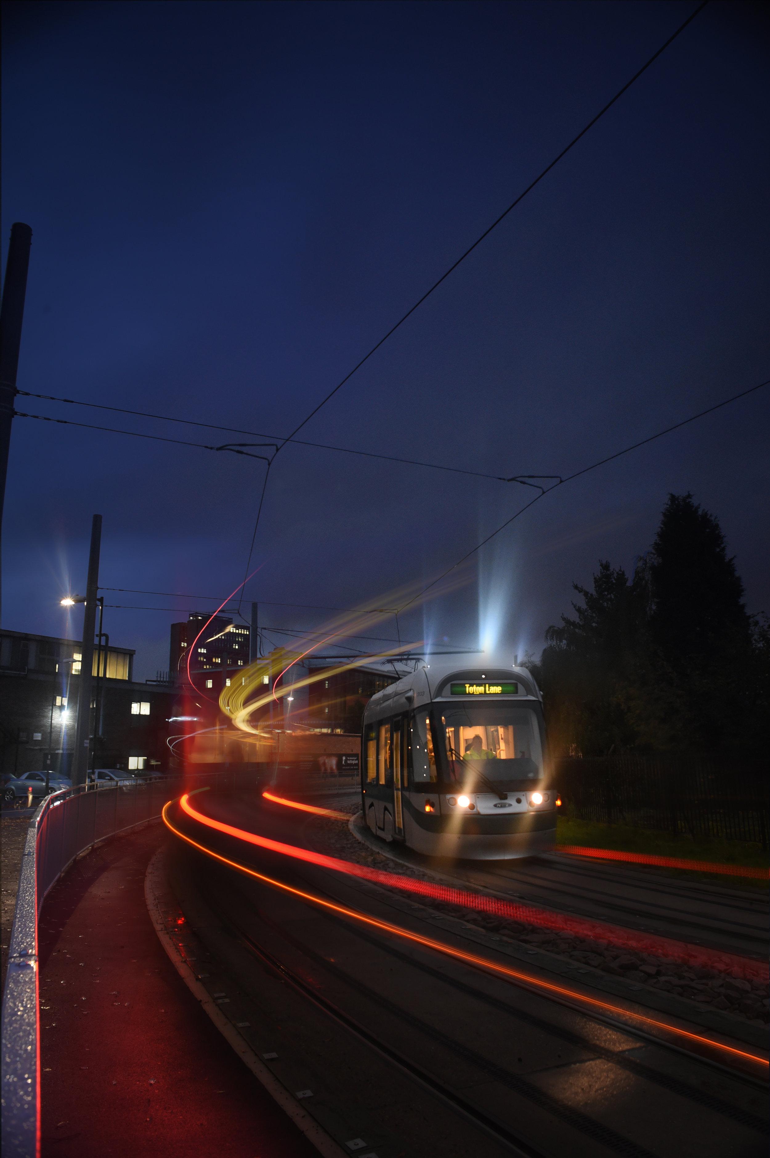 Tram002.jpg