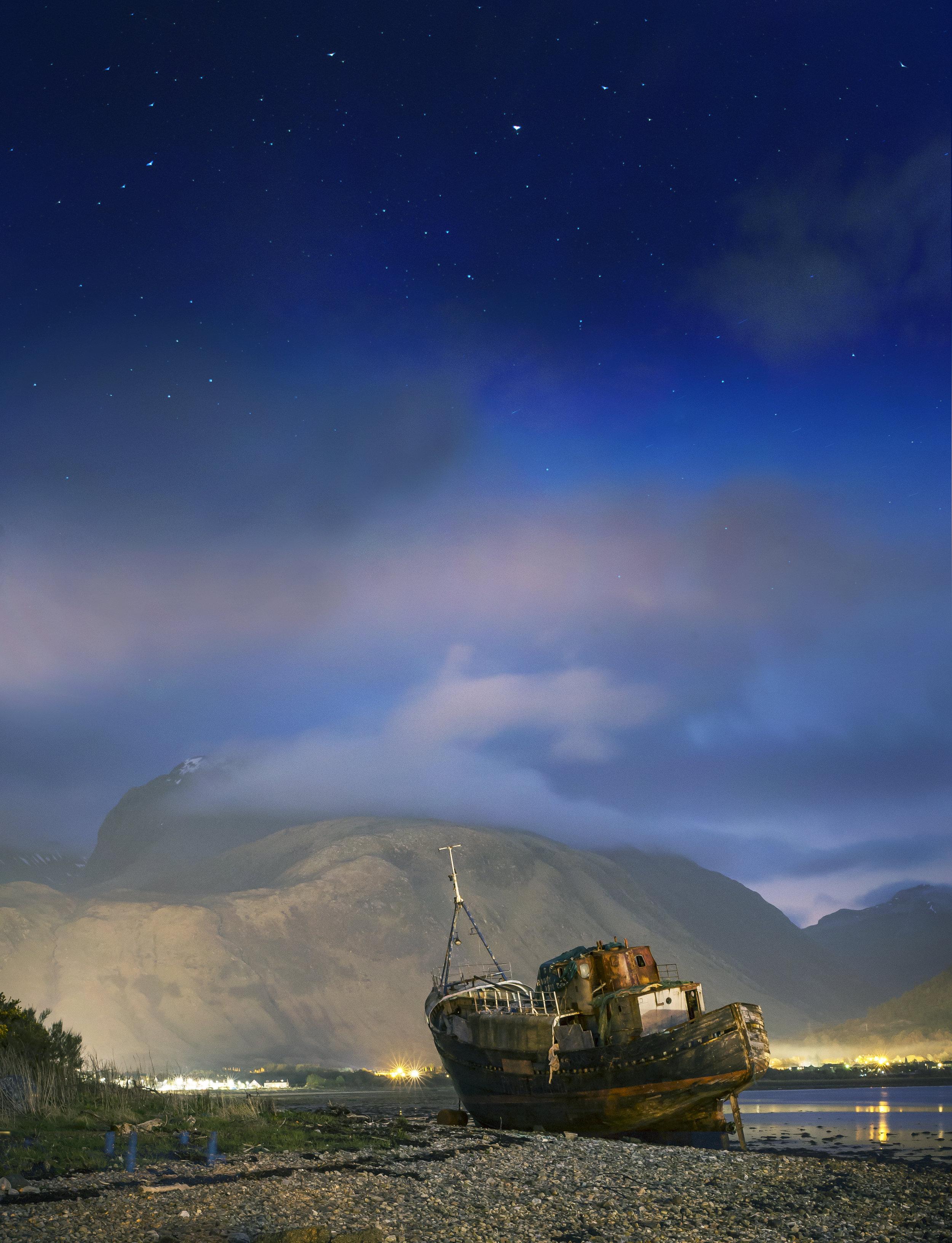 Trawler at night.jpg
