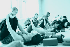 Mum and baby yoga class york susan.jpg