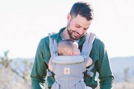 for-modern-mothers- dad-baby-wearing-bonding.jpg