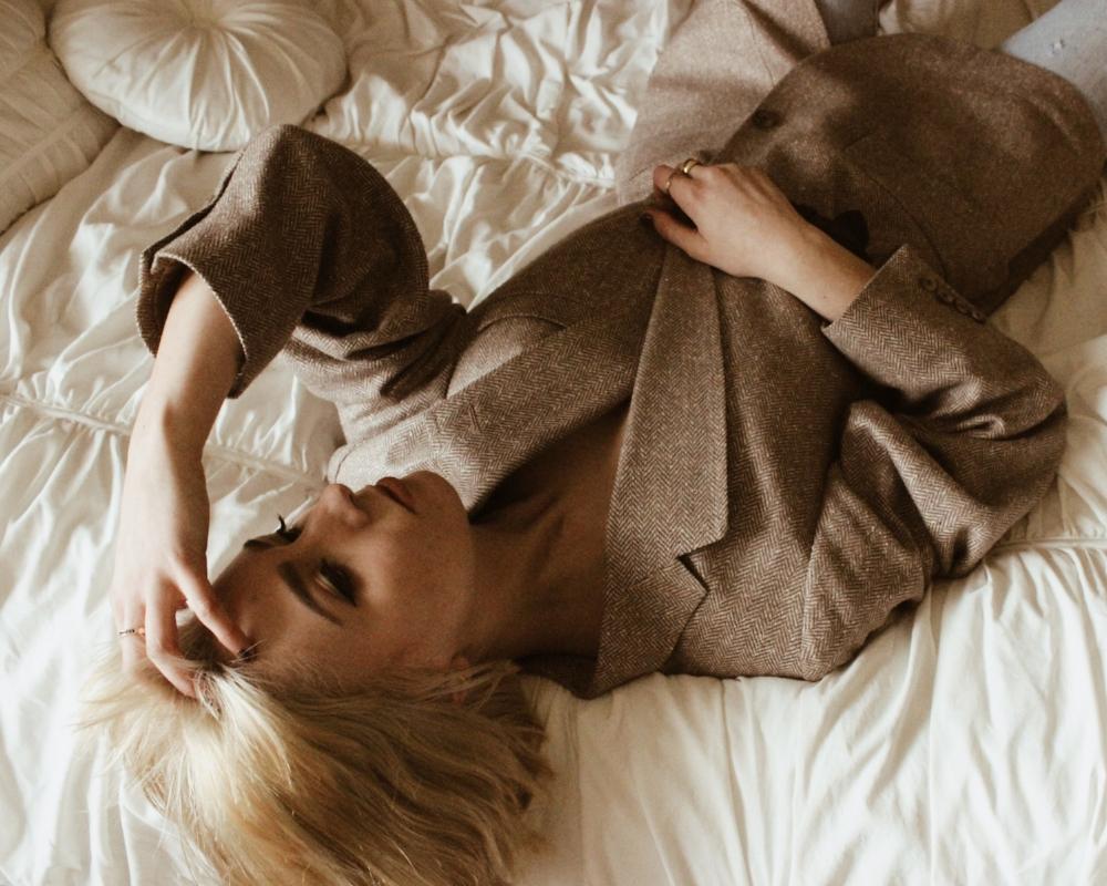 blonde 6