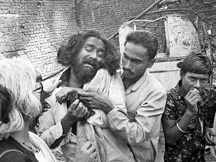 A Sikh man mourns the death of his loved ones. During the anti-Sikh riots of November 1984, over 3,350 Sikhs lost their lives. Many believe that the Congress-led government was complicit in the massacre. Image: Gulf News