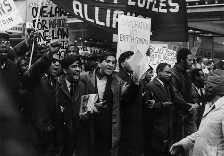January 1969: The Indian Workers Association (GB) led a march of about 2,000 immigrants to Downing street protesting state racism in Britain. IWA was a radical socialist organization of primarily Indian Sikhs with thousands of members in the 60s and 70s. Image: Woodsmokeblog
