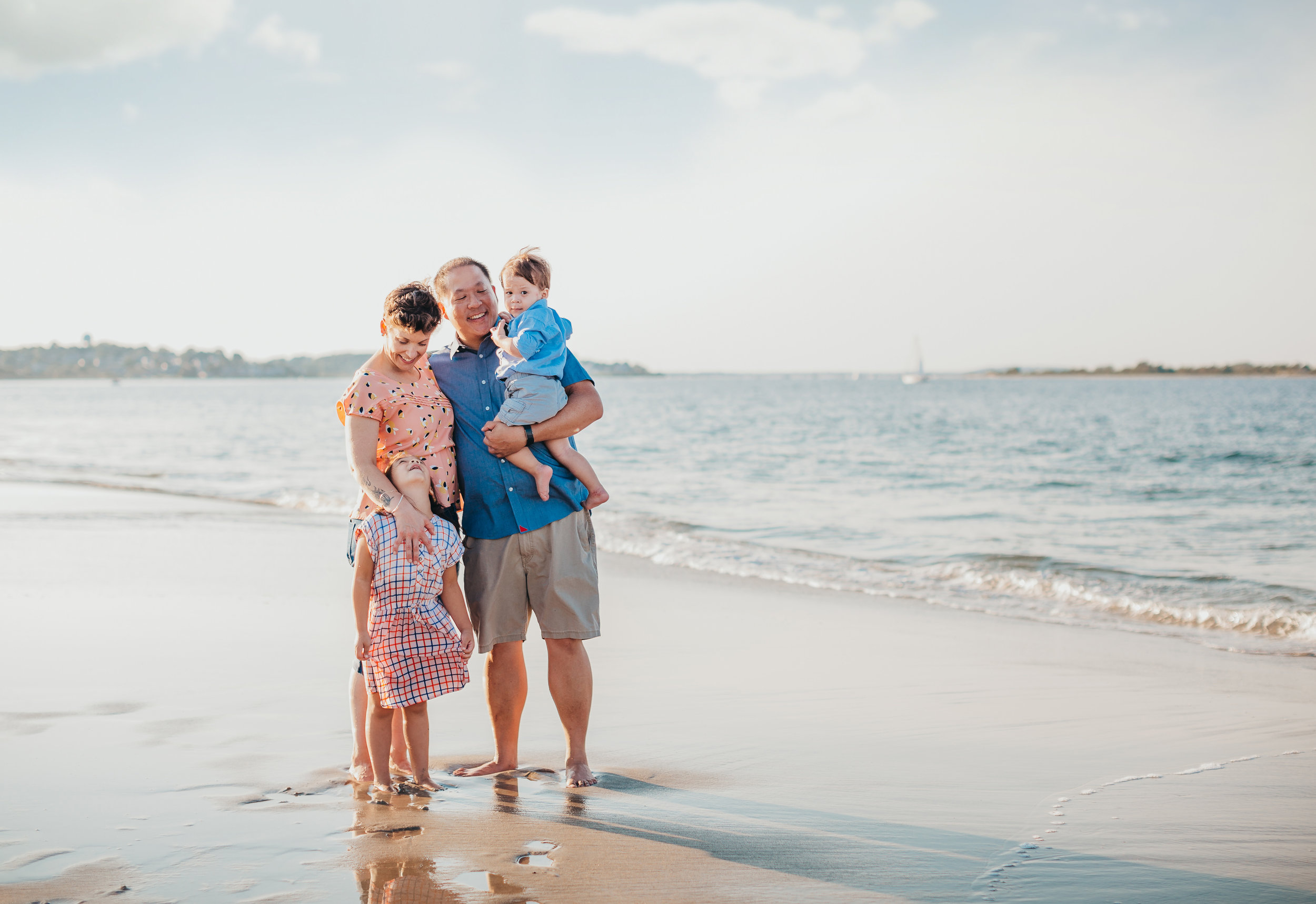 family-beach-photos-new-england-joy-leduc-boston-family-photographer.jpg