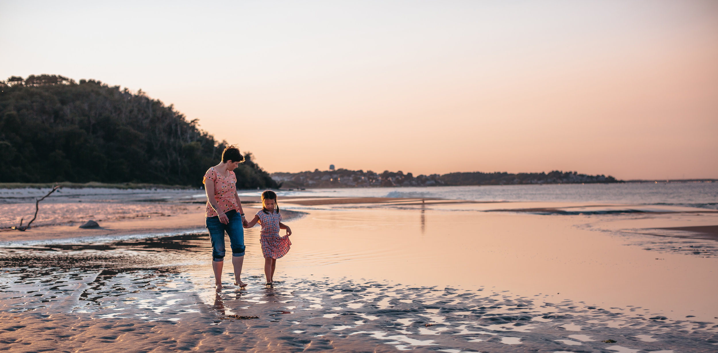 sunset-beach-family-photos-boston-family-photographer-joy-leduc.jpg