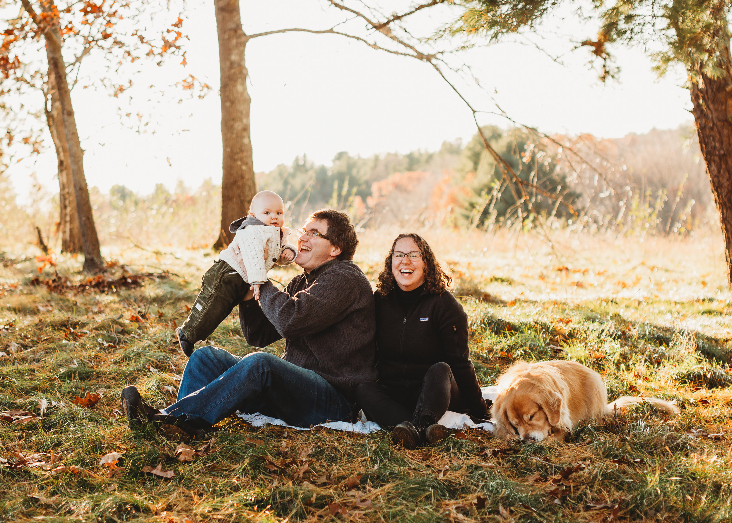Golden hour family photos in Lincoln, Massachusetts in the fall.