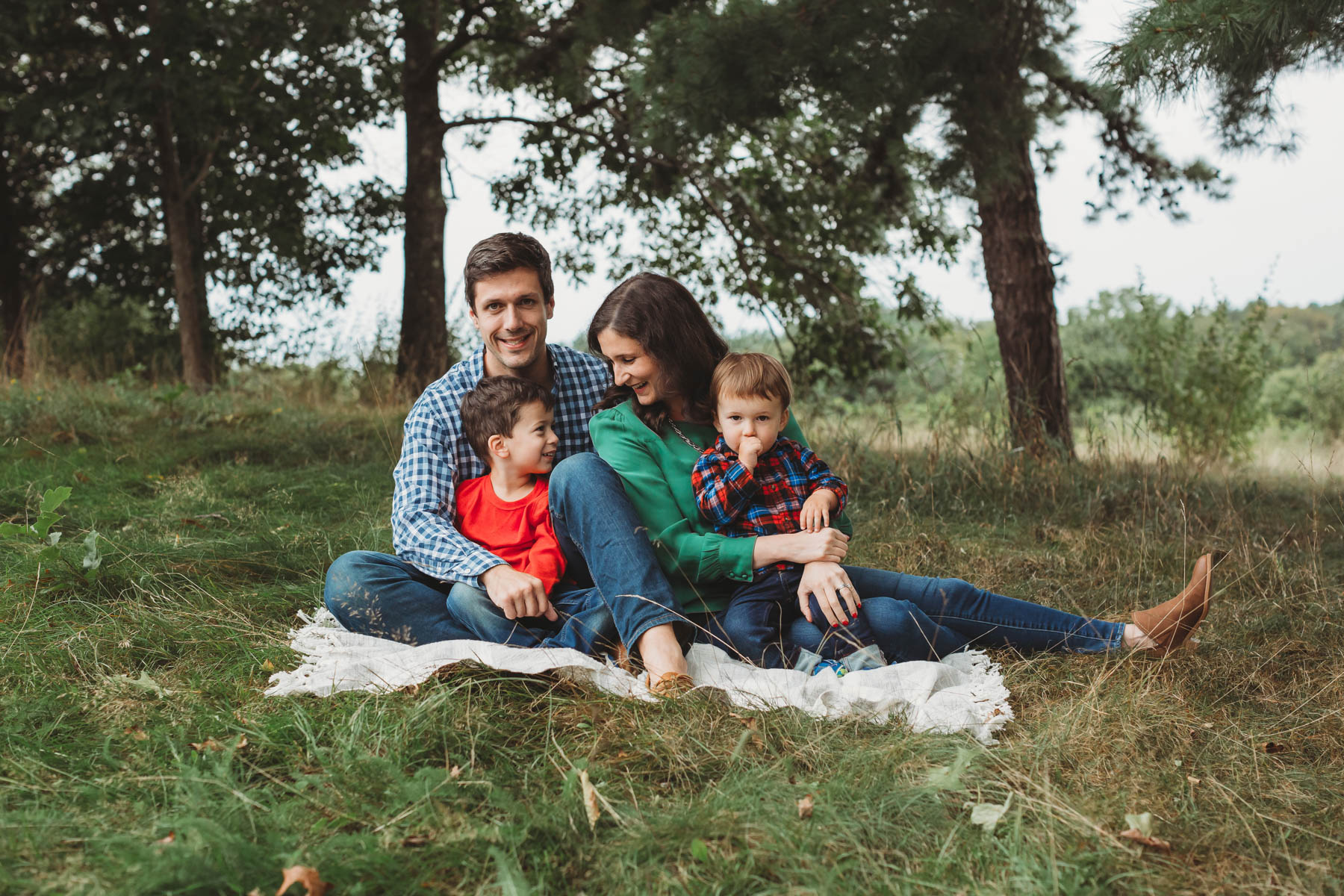 Everyone wants those quintessential New England family photos in the fall. Here's how to make sure you get a spot and love your photos. Boston lifestyle photographer Joy LeDuc.