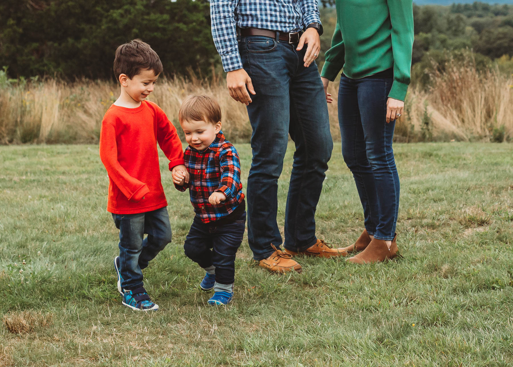 These little guys are growing up so fast! I love capturing all of their changes from year to year. Here are my tips to making sure your family gets first pick for fall family photos in Greater Boston.