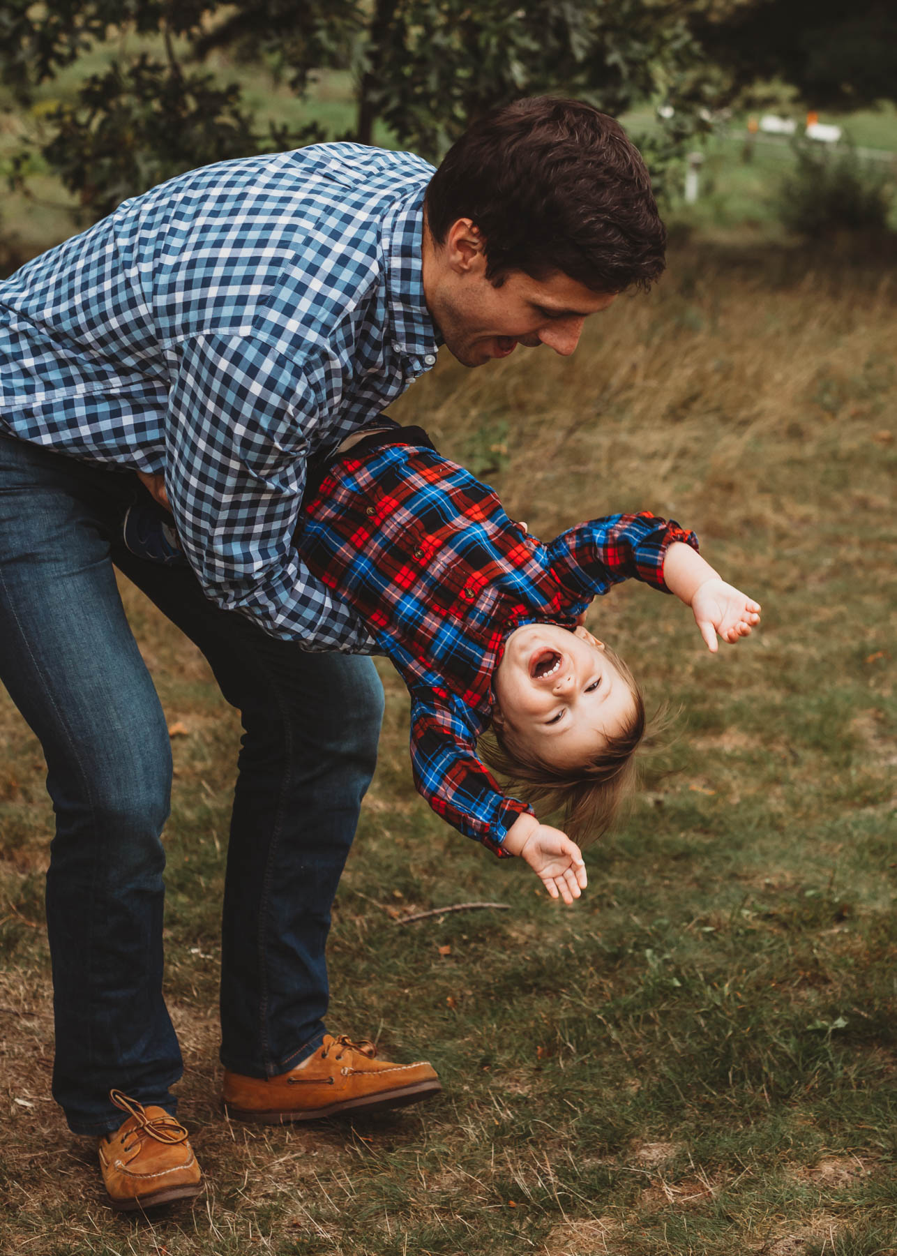 Wear outfits that you can move in! It's so important to think ahead when planning for family photos. Stick with layers and use my client styling tool in order to make things easy—and flexible—for whatever the New England weather throws at us.