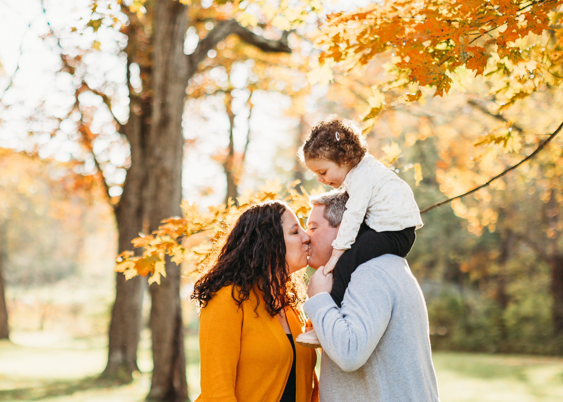 Camera shy kids? We'll take the focus off of them and turn it on you for a few! Sudbury family photographer Joy LeDuc. Massachusetts natural light photographer.