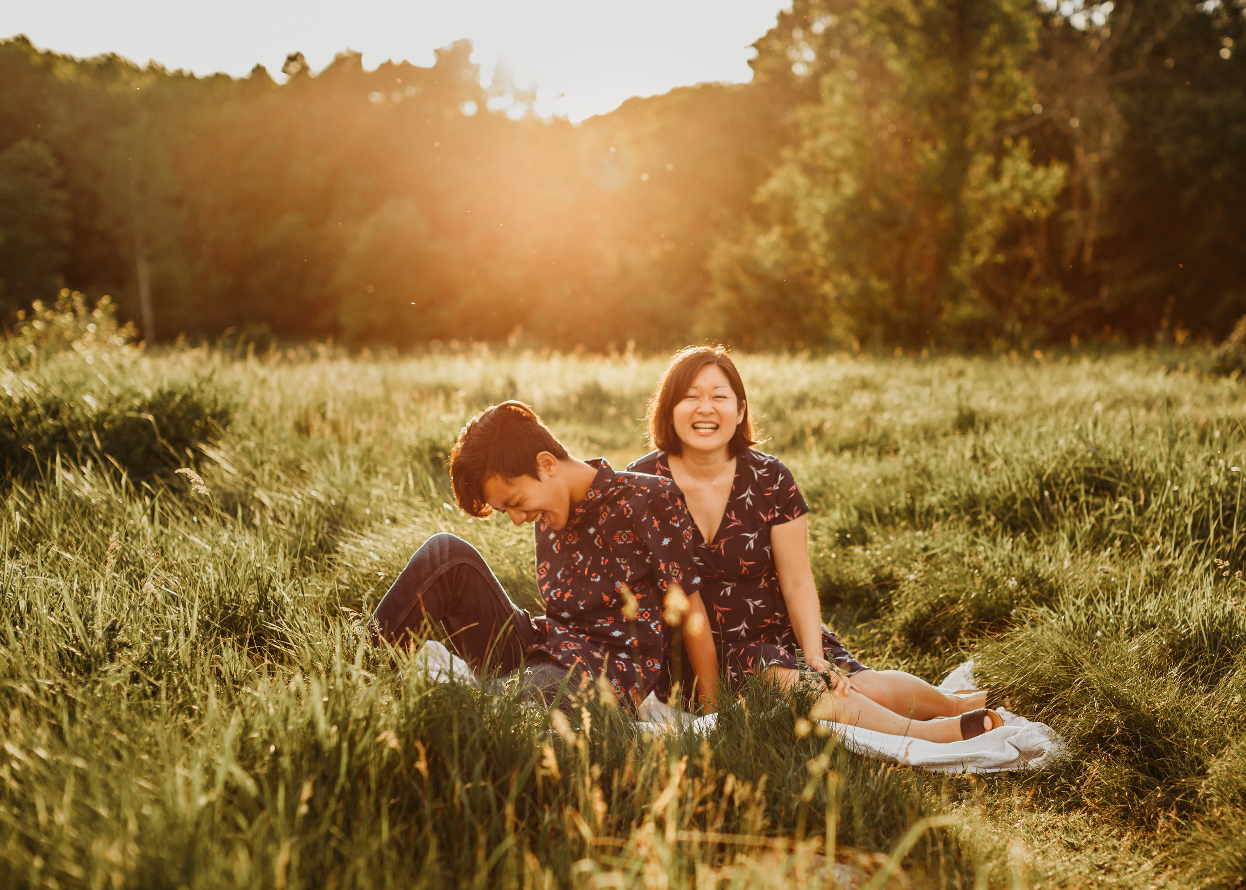 Laughter, movement, and prompts help to take the tension out of family portraits with teens and tweens. Family photos with older kids. Boston family photographer Joy LeDuc.