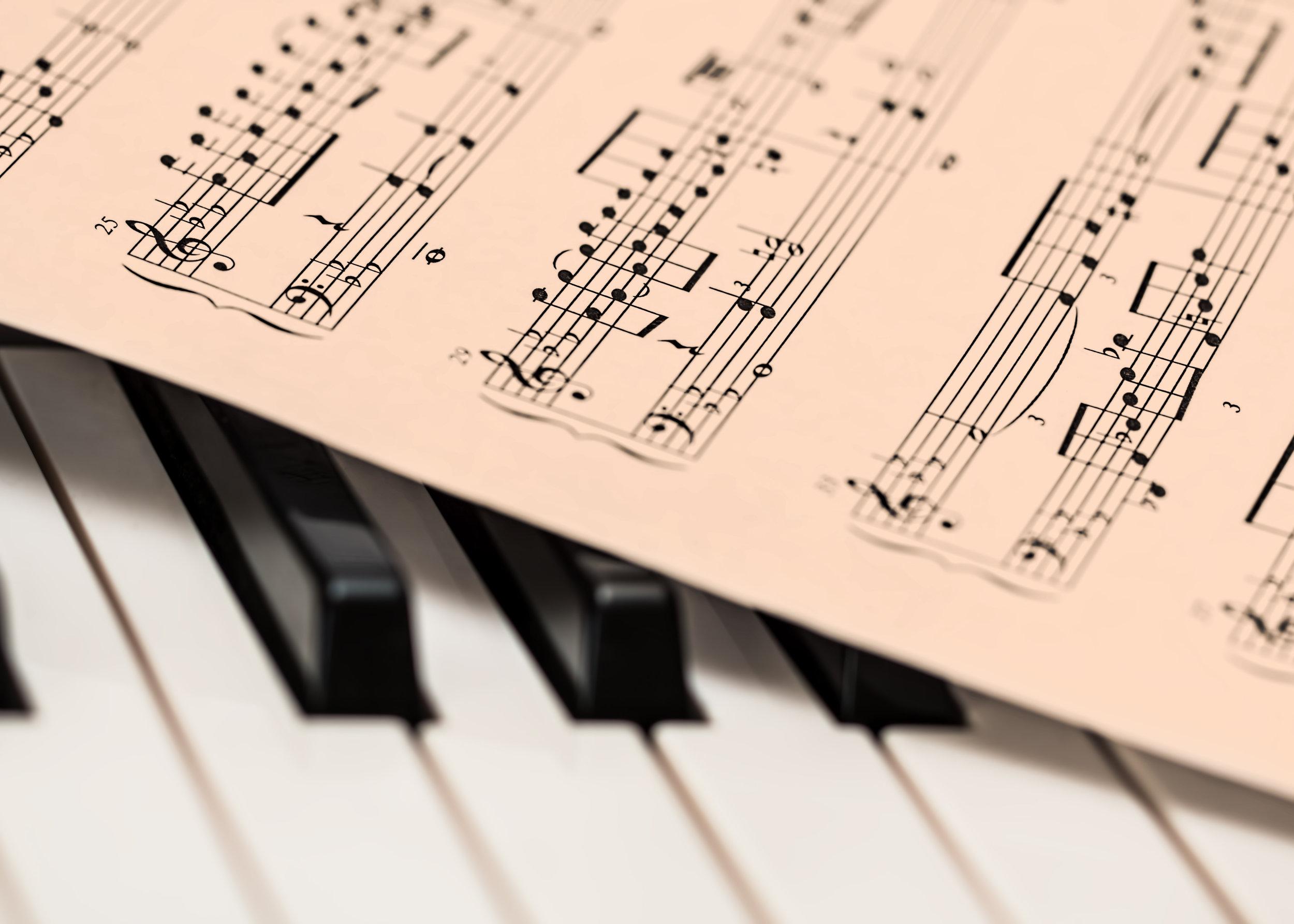 music-keyboard-instrument-piano-note-musical-instrument-496448-pxhere.com.jpg