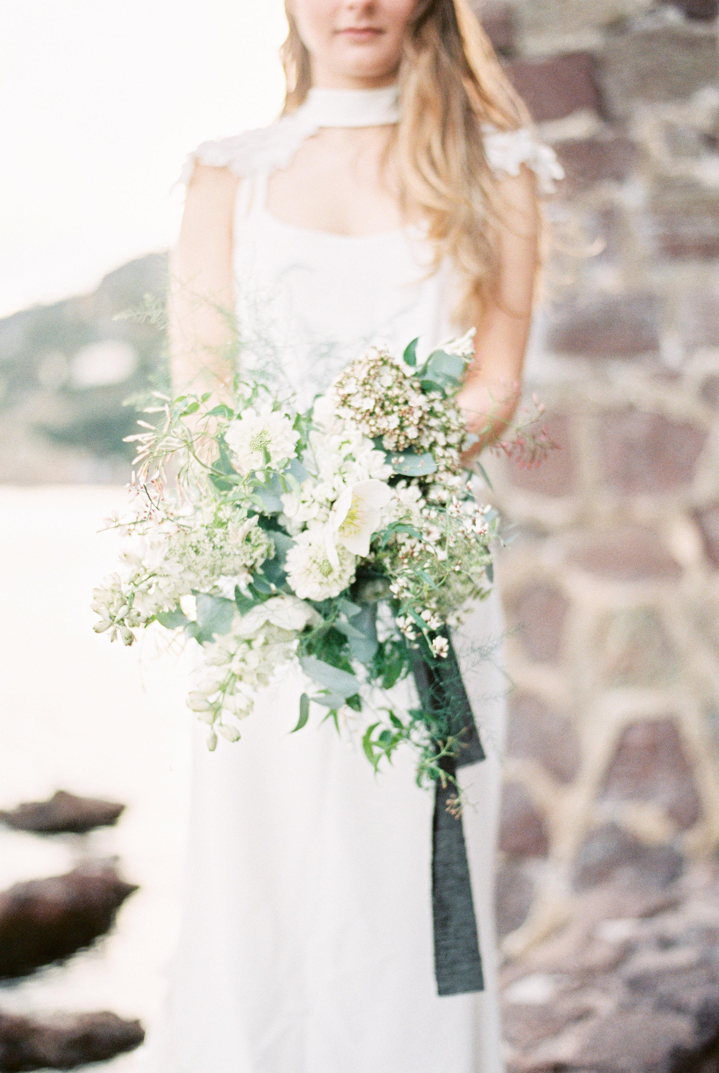Bridal bouquet Provence Tepee sauvage