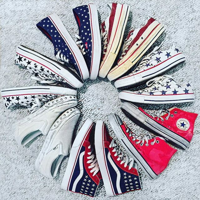 Happy 4th! 🇺🇸 @converse @vans #happyfourth #happyfourthofjuly #redwhiteandblue #stars #stripes #starsandstripes #usa #vans #converse #shoestagram #shoeobsession