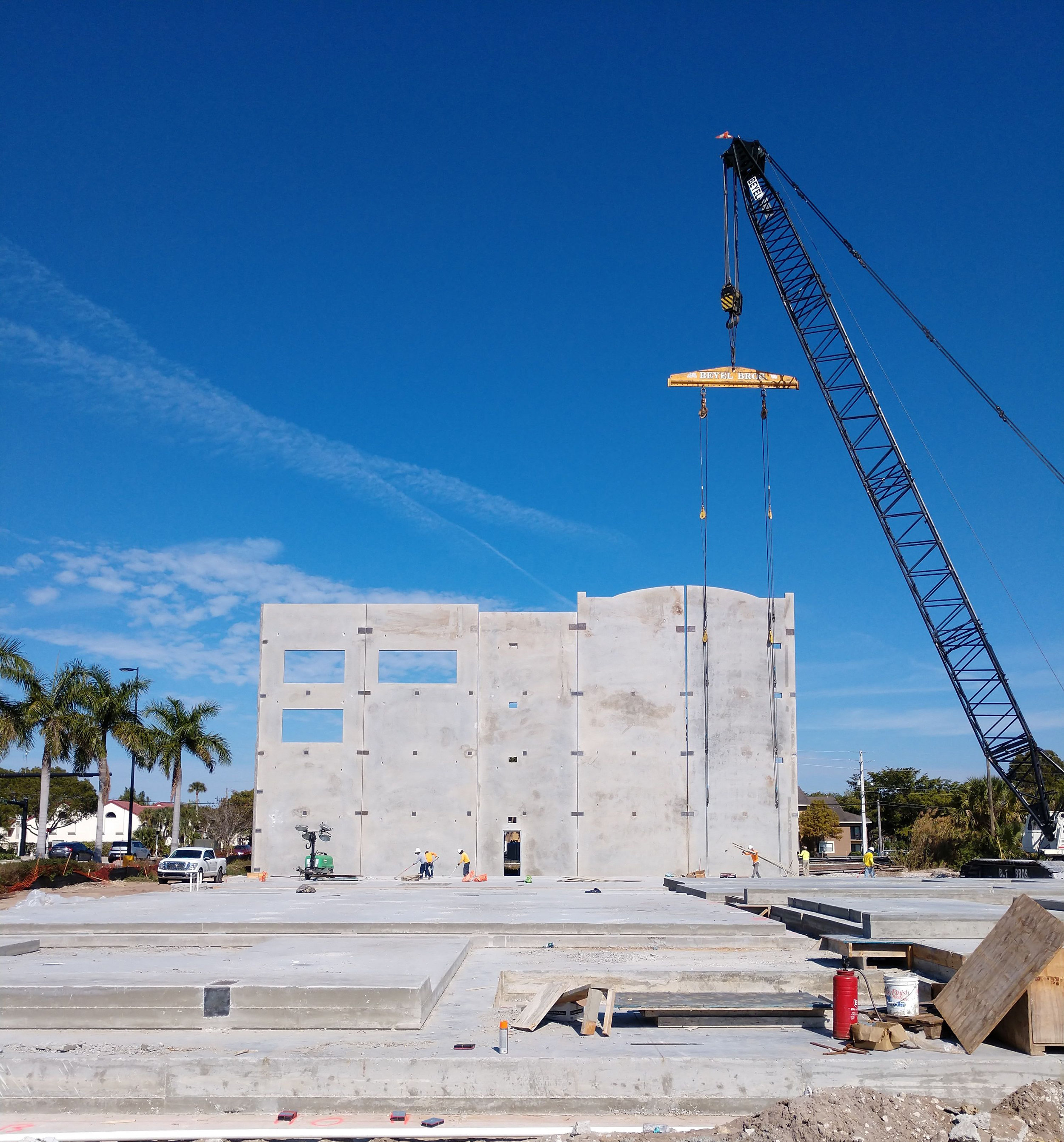 12_Tilt walls going up2 Jan_2019.jpg