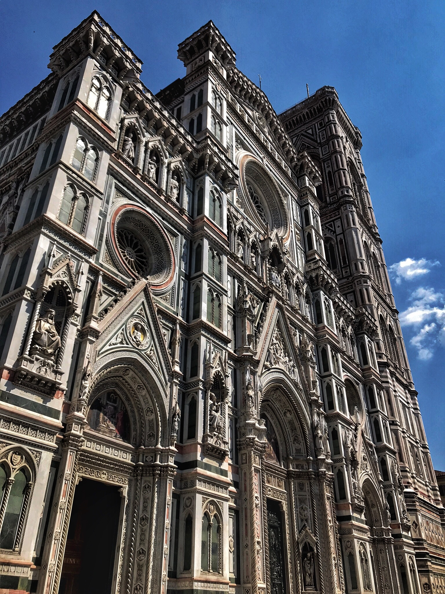 The Cattedrale di Santa Maria del Fiore was impossible to get in, but amazing to see from outside.