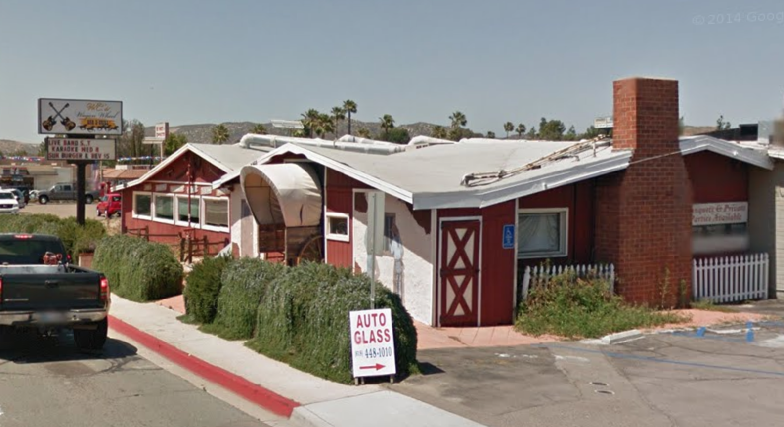 Western Mural Wagon Wheel Restaurant exterior Santee California 3.png