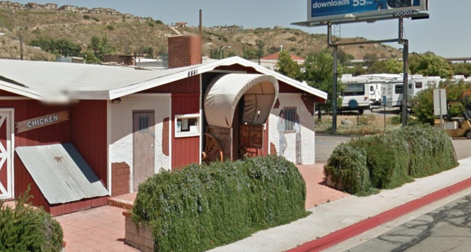 Western Mural Wagon Wheel Restaurant exterior Santee California 4.png